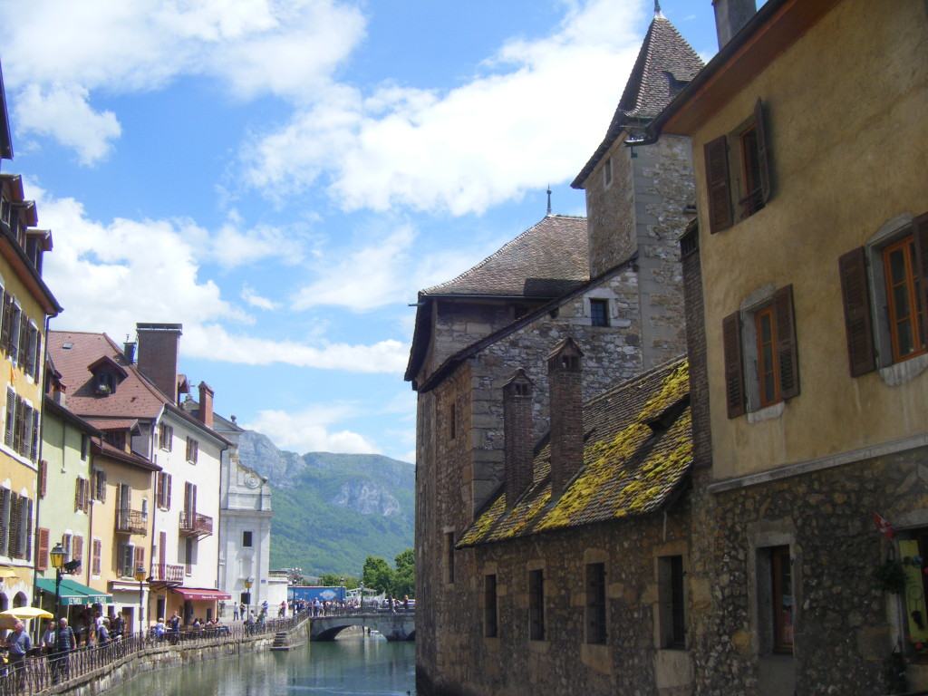 Most of Annecy looks more or less like this.