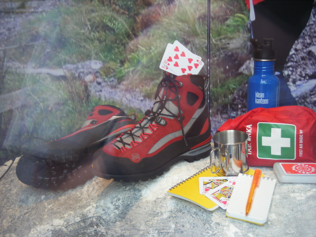 The ten of hearts in a boot? Those are both things I love!